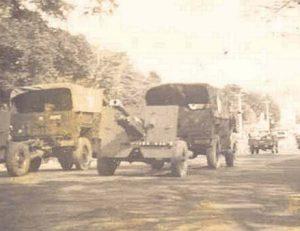 FAT open style w: 25pndr. Soerabaja 1945