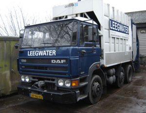 Garbage truck 2006